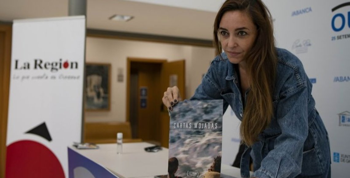 """Paula Palacios, directora de """"Cartas Mojadas"""", presentó el documental en el Marcos Valcárcel (XESÚS FARIÑAS)."""