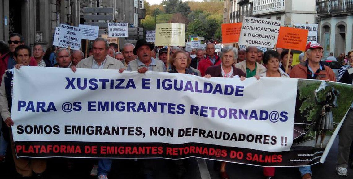 Protesta de los emigrantes retornados gallegos en Ourense, el pasado mes de diciembre.