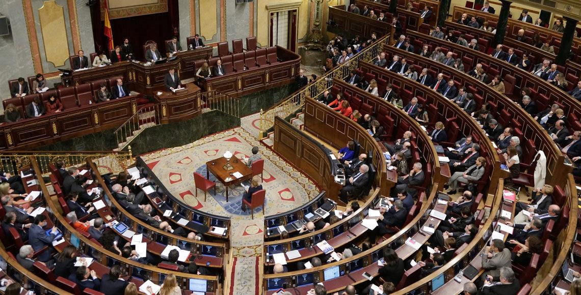"""El Pleno del Congreso de los Diputados ha rechazado una moción del PSOE que instaba al Gobierno a que elaborara un """"plan de choque"""" contra la emigración."""