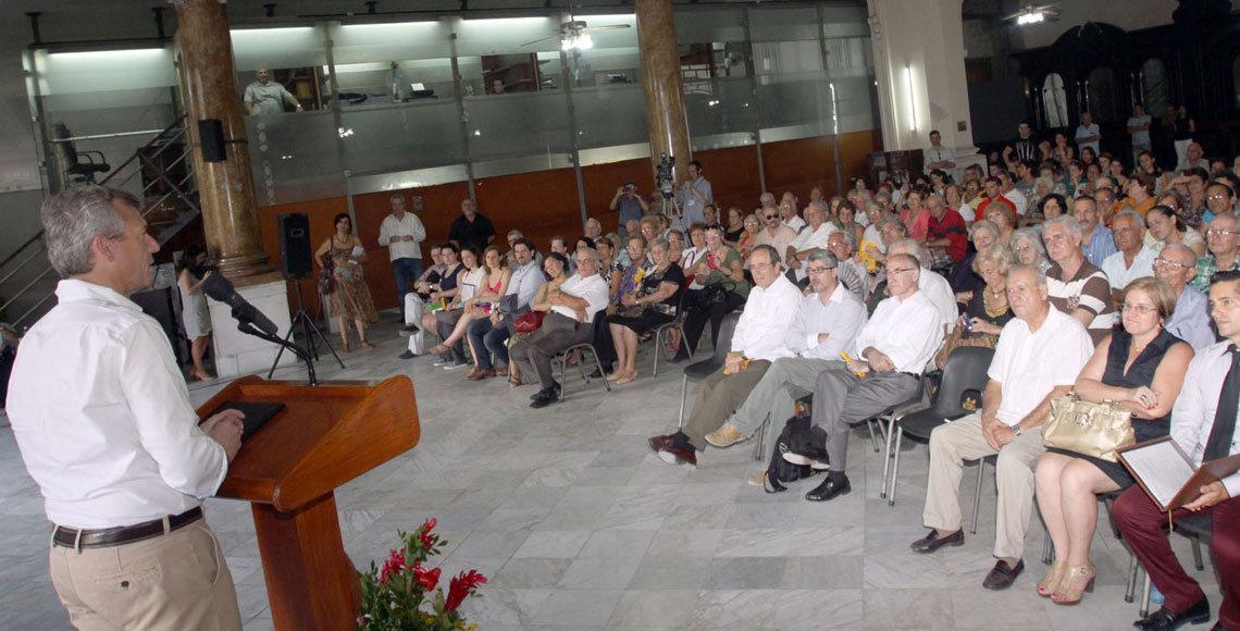 Alfonso Rueda durante la presentación del Festival La Huella de España, en Cuba.