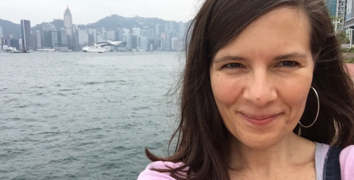 Celia Carracedo, natural de Valladolid, es profesora de español en la Universidad China de Hong Kong.
